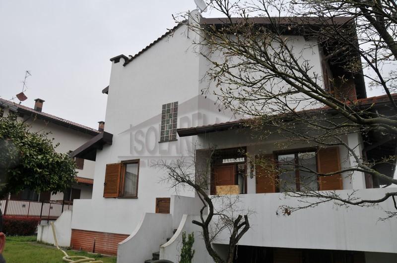 casa isolata da isolarelacasa srl Piacenza