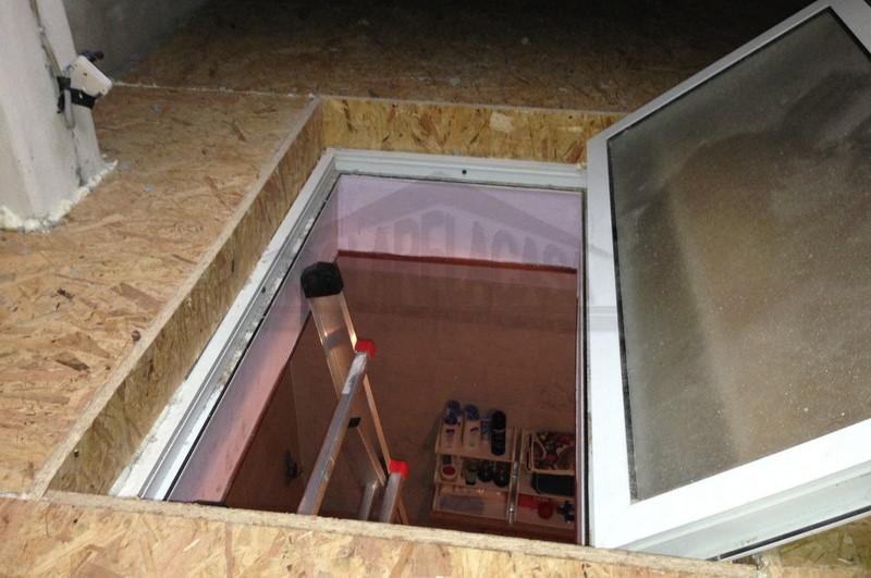 Scala di collegamento al piano inferiore in sottotetto abitabile