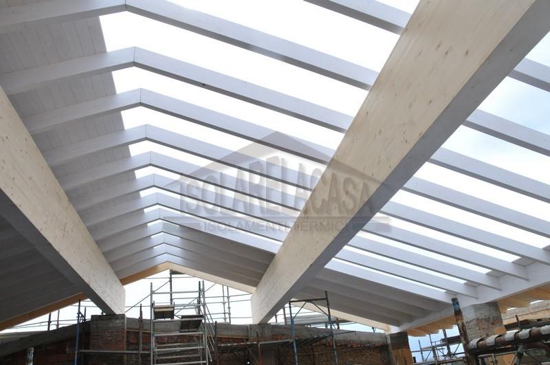 lavori di costruzione nuovo tetto
