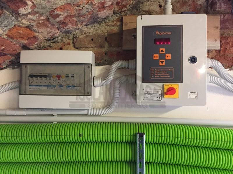 archivio informatico da proteggere da danni di umidità