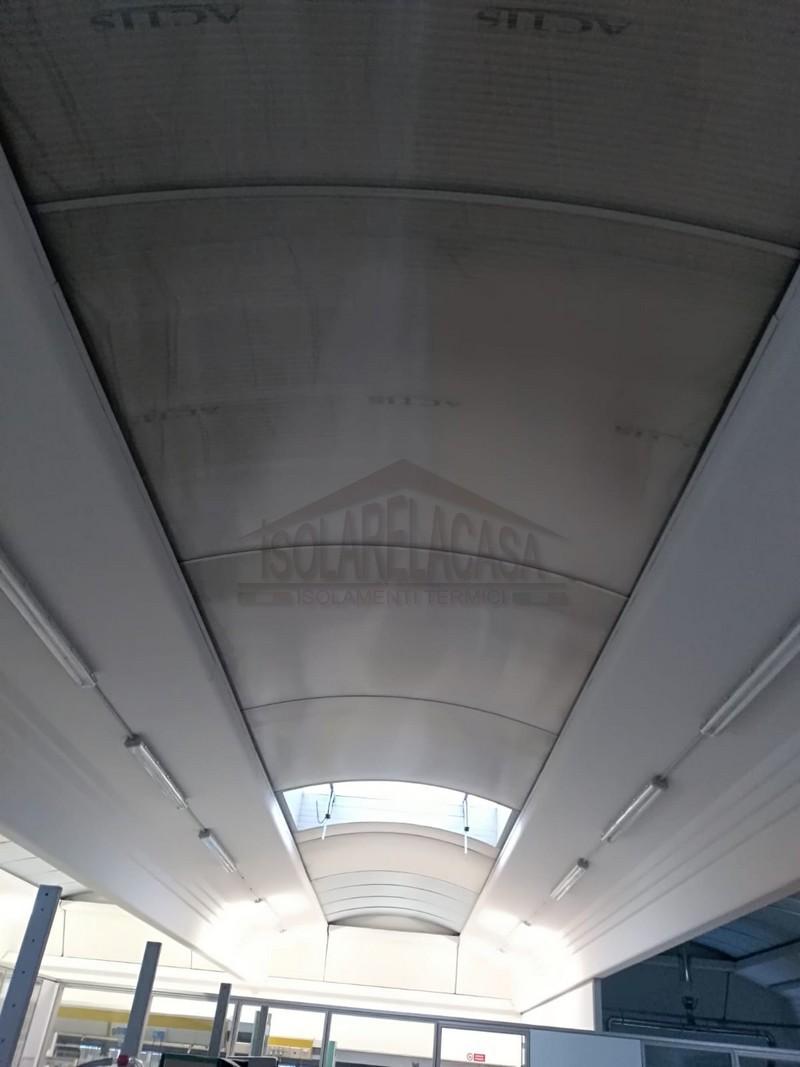 Tetto del capannone visto dall'interno
