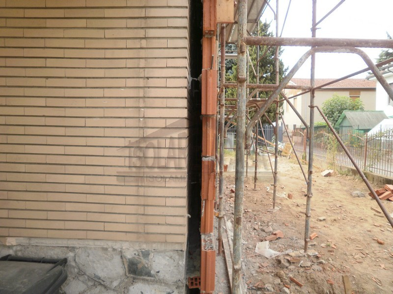 Realizzazione cappotto esterno edificio Novi Ligure
