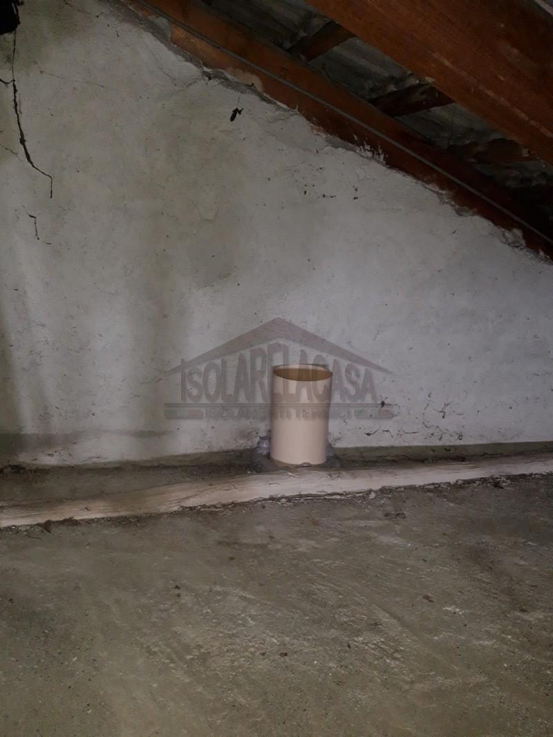 pannelli di legno sopra isolante